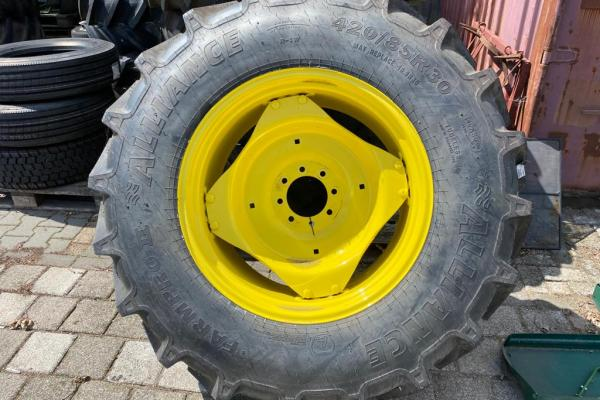 Alliance 420/85R30 Farm Pro II