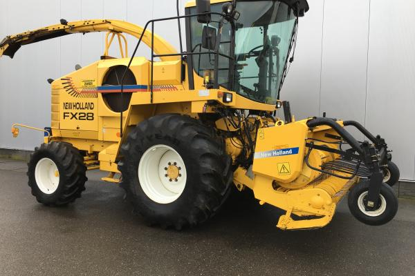 New Holland FX 28